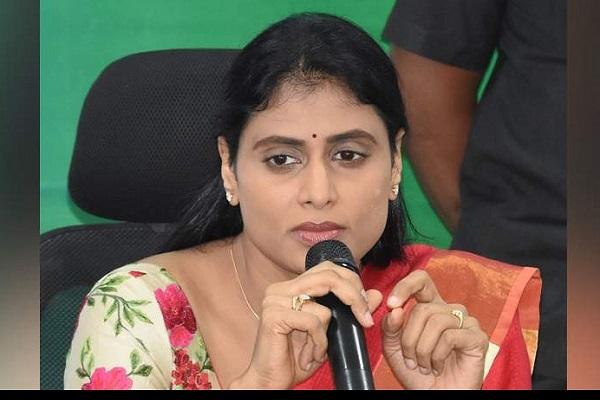 YSR Telangana Party (YSRTP) leader Y.S. Sharmila launches padyatra in Telangana