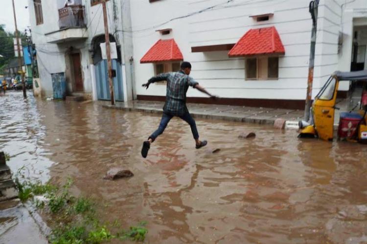 Hyderabad witness  rains on Sunday