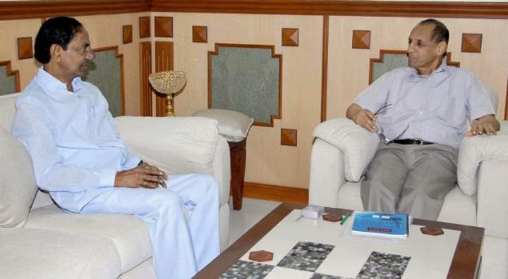 CM KCR calls on Governor ESL Narsimhan