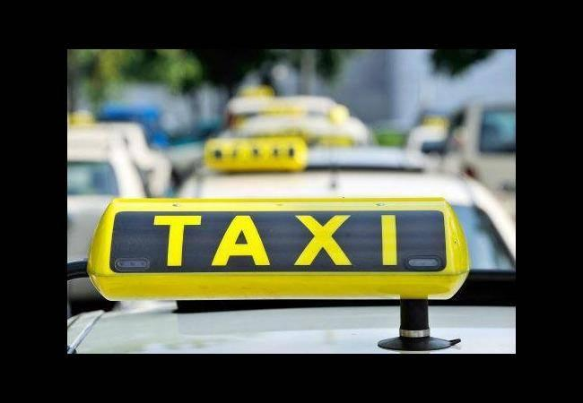Cab driver held in Hyderabad for stalking, blackmailing a 21 -yr-old woman