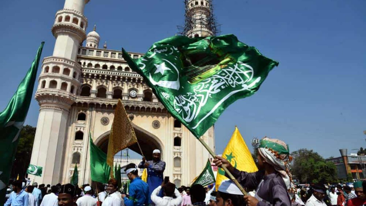 Milad-un-Nabi celebrates with religious fervour and gaiety in Hyderabad