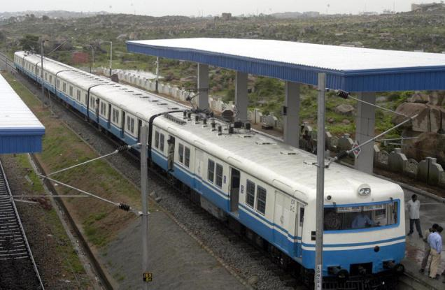 Hyderabad Metro, MMTS witnesses heavy rush of passengers