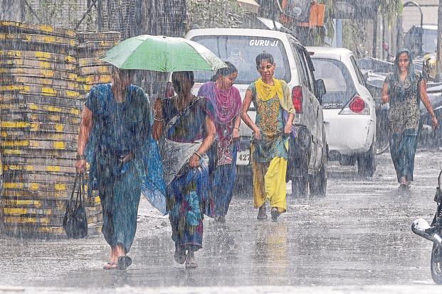 cyclone-phethai-to-brings-rains-in-telangana
