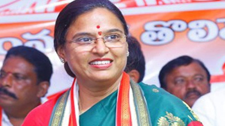 Congress names Padmavathi as its candidate for Huzurnagar by-election