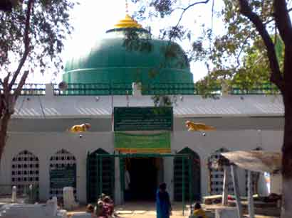 Facelift for Jahangir Peer Dargah soon: CM