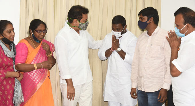 TRS not to contest Lingojiguda by-poll