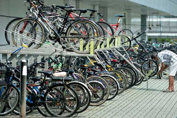 Hyderabad Metro to set up 300 bike stations