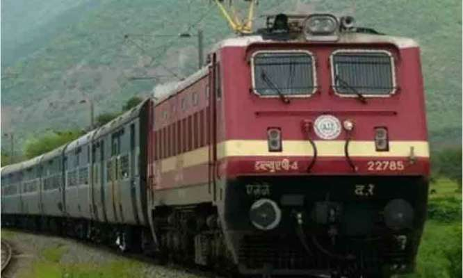 SCR to run special trains to Srikakulam Road