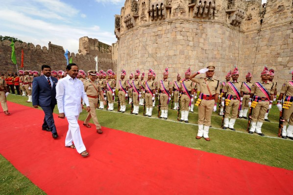 CM KCR hoists national flag at Golconda Fort