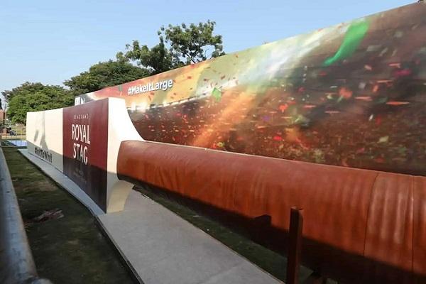 World's largest cricket bat (56.1 feet long & weighs 9000 kgs) on display at Tank Bund