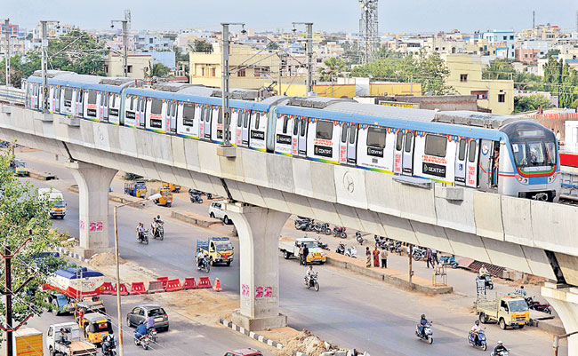 Hyderabad Metro to issue monthly passes for its regular commuters by December