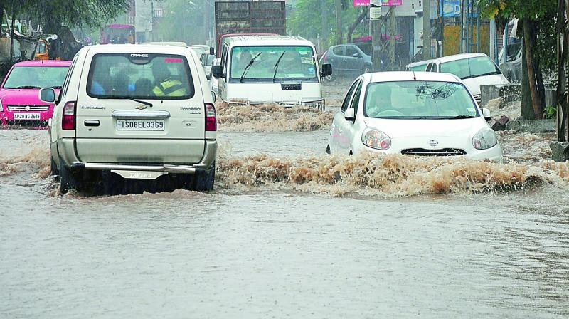 Heavy rains lash Hyderabad; LB Nagar receives 4 cm rain