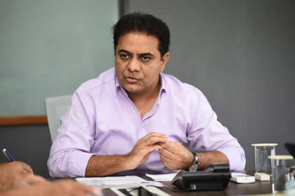 Rythu Bandhu amount released for Vaanakalam: K T Rama Rao