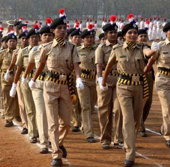 tstorecruit33%womeninstatepoliceforce