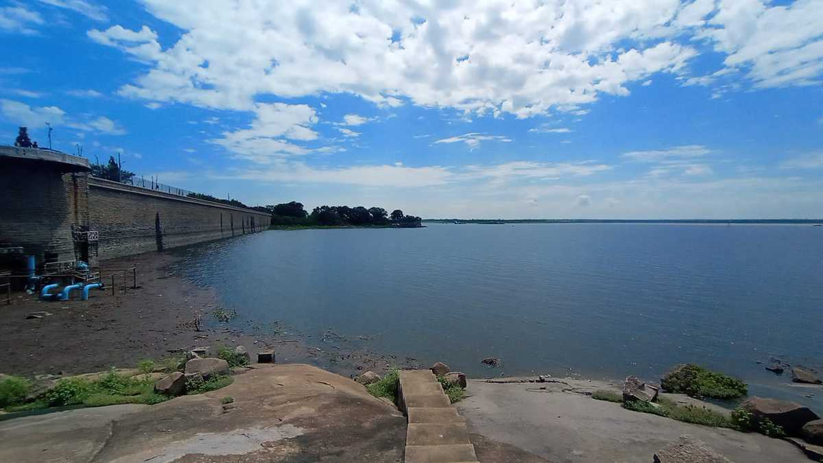 Two gates of Osman Sagar opened after 10 years