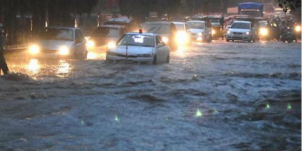 Hyderabad records rain and thunderstorm