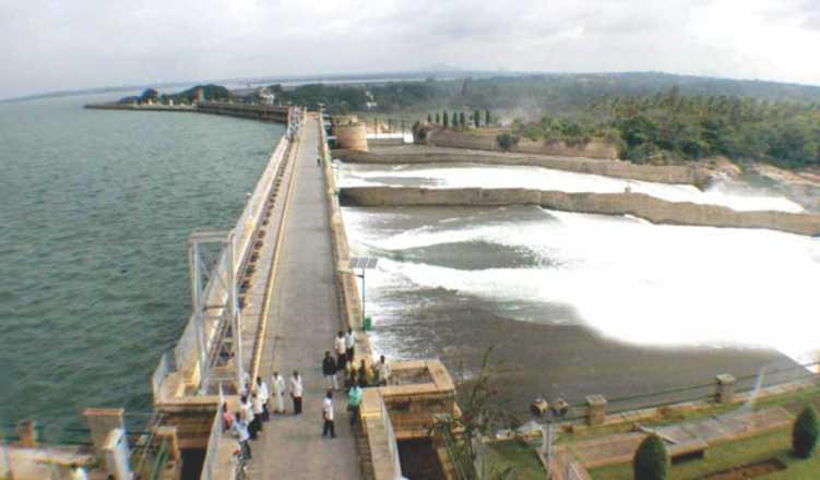 Karnataka releases water to Telangana