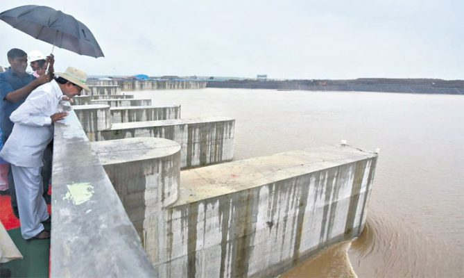 Today, I am filled with great joy seeing the river Godavari flush with water: CM KCR