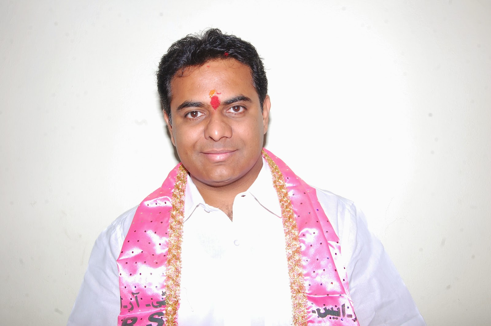 Will regularise contract workers: KTR