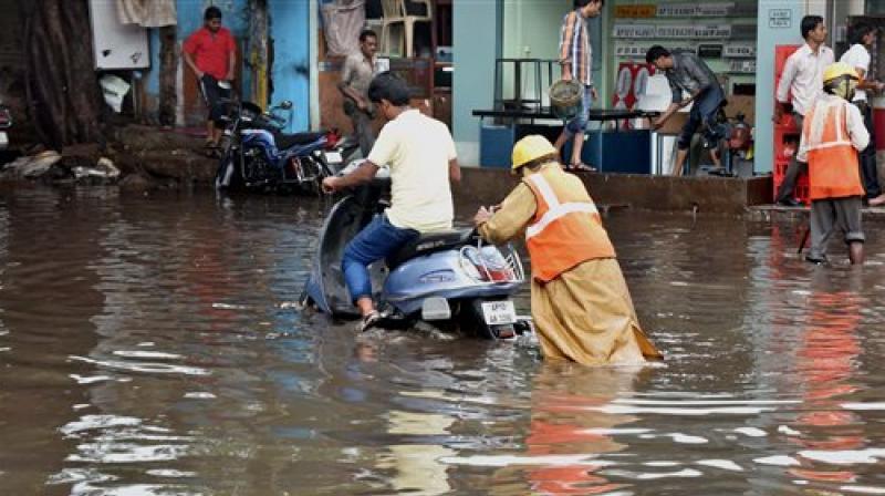Heavy rains lash in various parts of Telangana