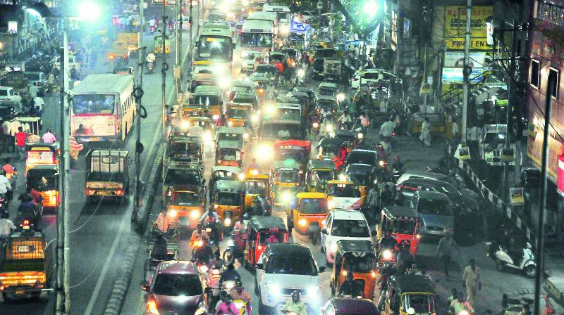 Traffic restrictions for Ramzan shopping in Hyderabad