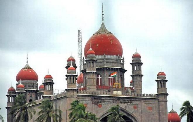 Telangana HC issued notices to Kakatiya and Telugu university vice-chancellors