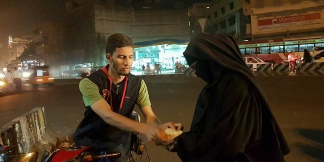 HYDERABAD YOUTH LAUNCHES 'DO ROTI' CAMPAIGN TO MAKE SURE NO ONE SLEEPS HUNGRY
