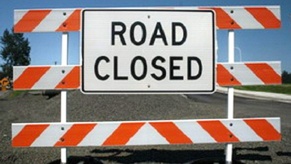 Traffic closed on Puranapul parallel bridge