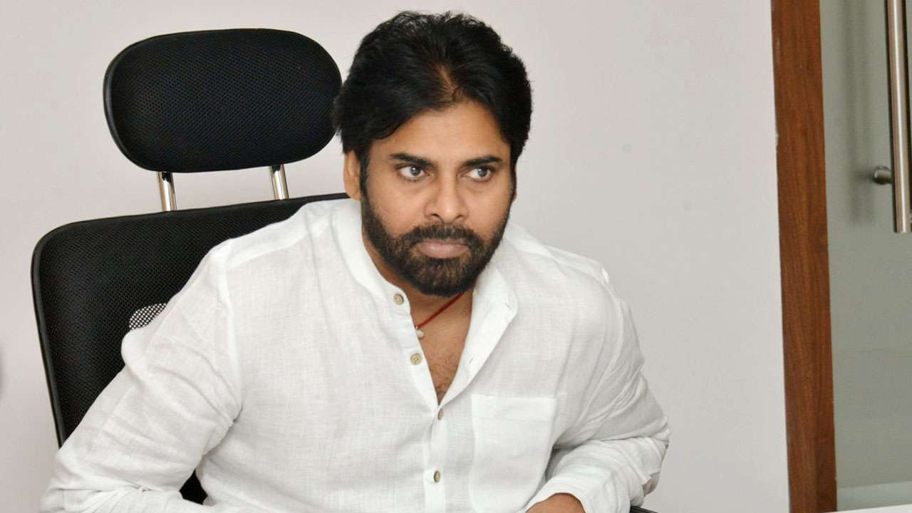 Pawan Kalyan urges KCR to take back RTC employees