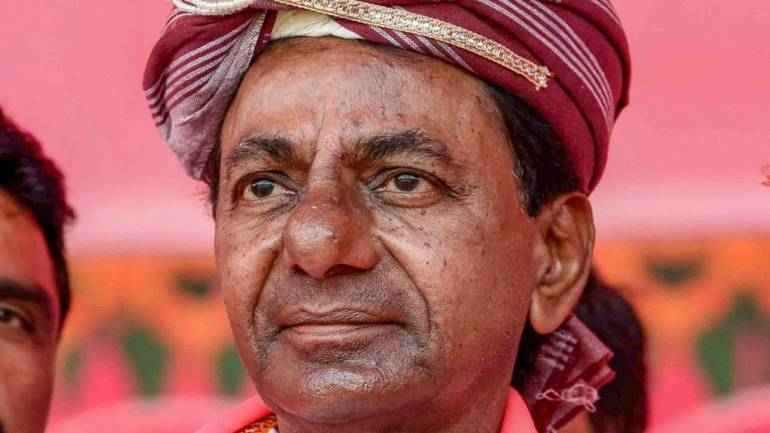 KCR promises pucca houses for all the poor