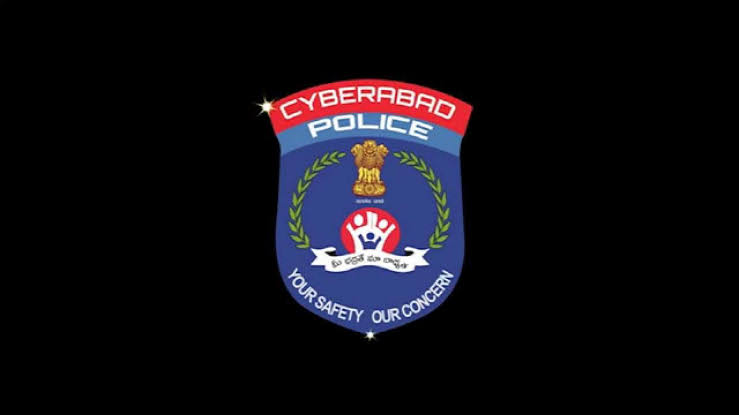 policeconductscordonandsearchoperationincyberabad