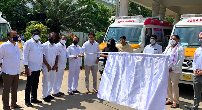 KTR flagged off six ambulances at Pragathi Bhavan