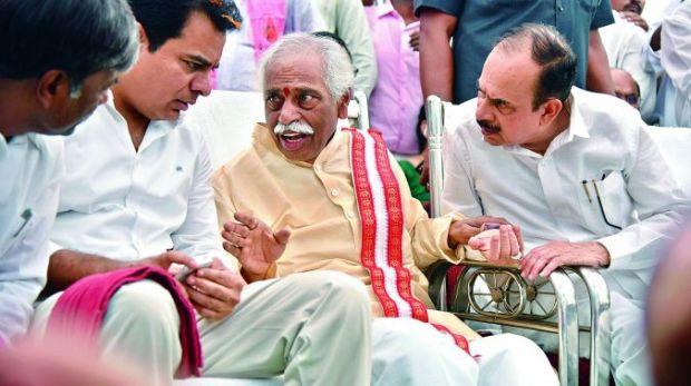 Huge rush for Telangana's 2BHK scheme