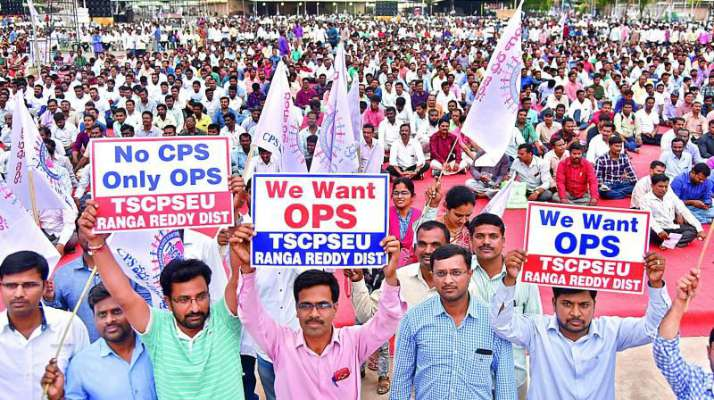 Telangana government staff rally against pension scheme