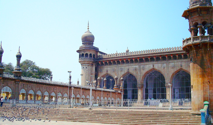 Security measures beefed up at Mecca Masjid