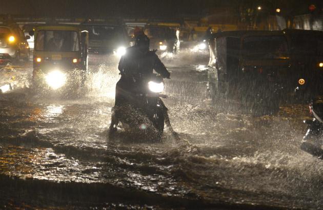 Heavy rain wreaks havoc in Hyderabad
