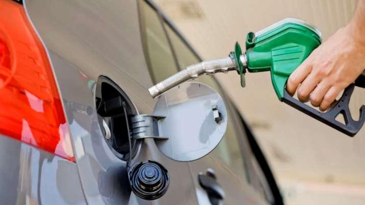 petroldieselpriceshikecontinueinhyderabad