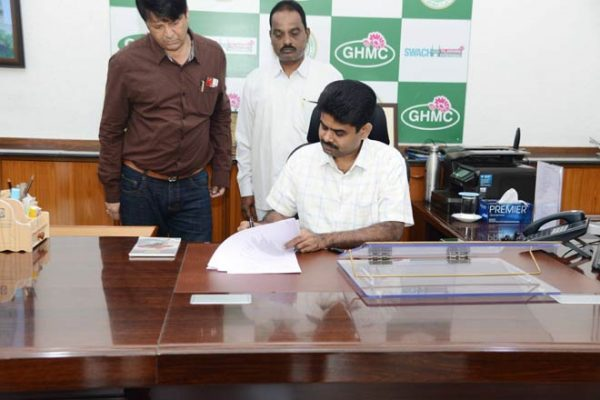 Lokesh Kumar takes charge as GHMC Commissioner