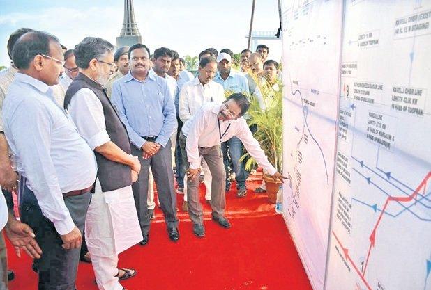 Bihar Dy CM Sushil Modi all praise for Telangana government