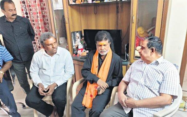 Father seeks Prashant