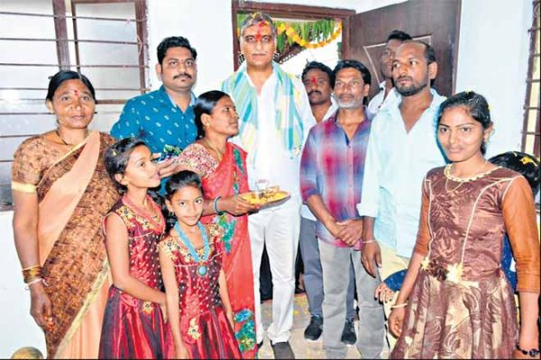 Harish Rao inaugurates 2BHKs in Siddipet district