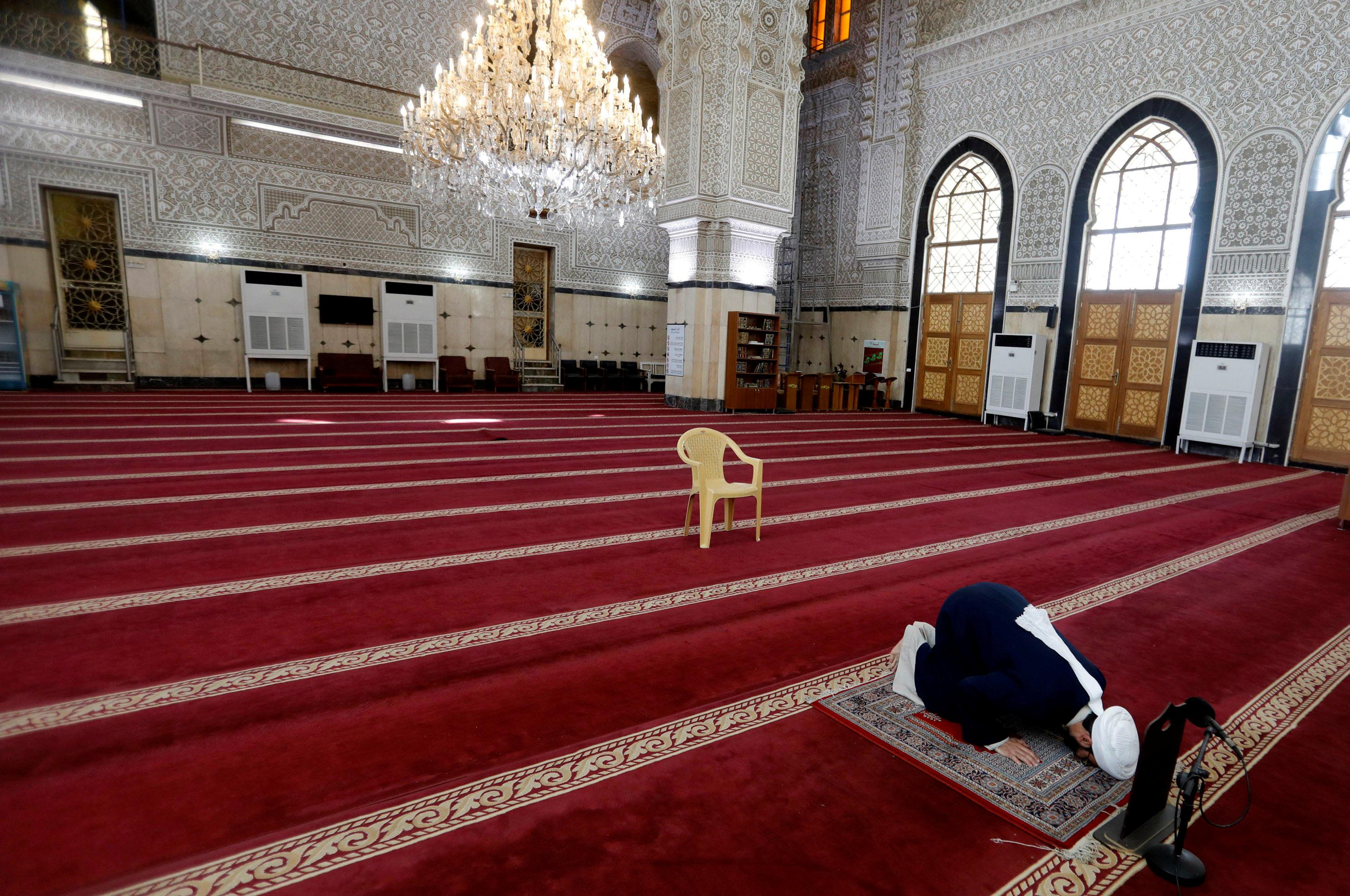 mosquesgearupforfridayprayerstoday
