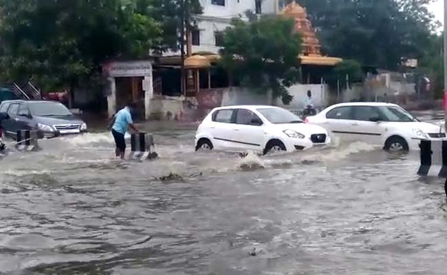 Heavy rain wrecks havoc in several parts of Hyderabad