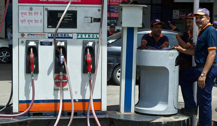Petrol price crosses Rs.100 a litre in Hyderabad