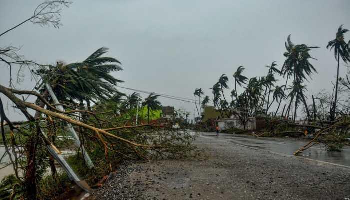 Telangana govt extends support to cyclone Fani-hit Odisha