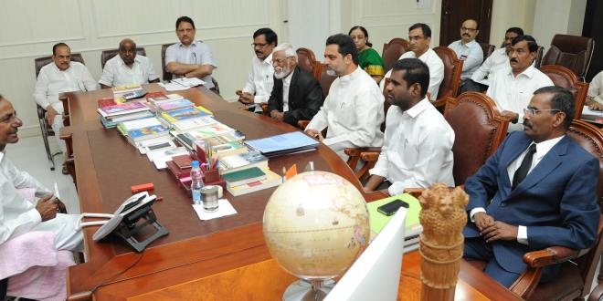 KCR  promises reservations to muslims at any cost