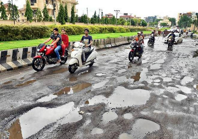 Fill up potholes by Nov 15: GHMC