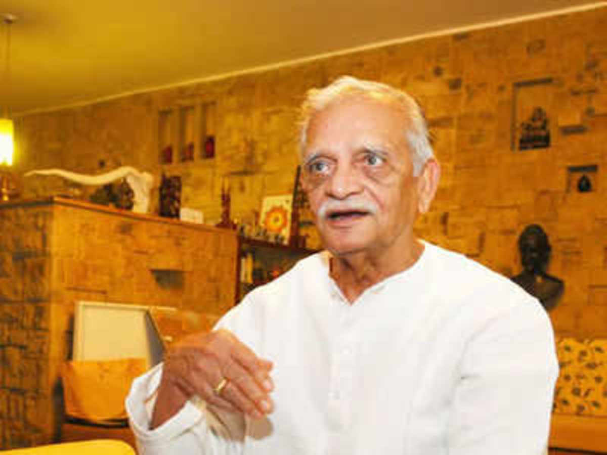 Gulzar inaugurates the opening session of Hyderabad Literary festival