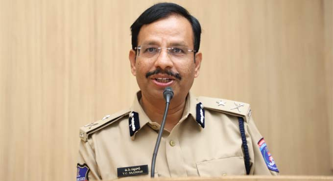 Cyberabad CP V C Sajjanar urges people to donate plasma