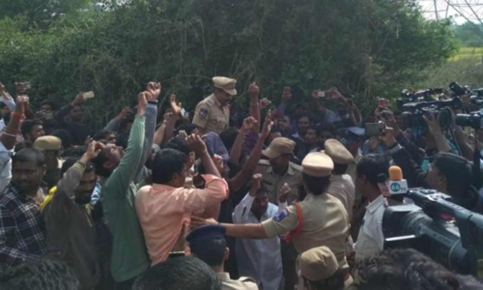 Public hail encounter death of rape accused in Telangana